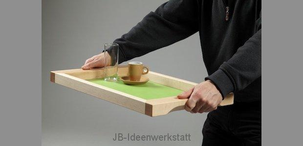handelsware-tablet-gehalten