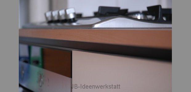 kueche-detail-platte-ahornkante