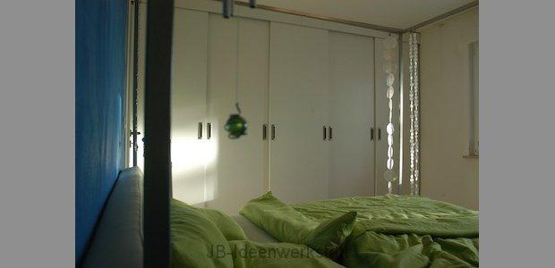 schlafzimmer-spiegel-verdeckt-ansicht